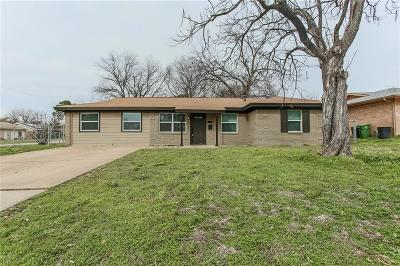 North Richland Hills Single Family Home For Sale: 7821 Standley Street