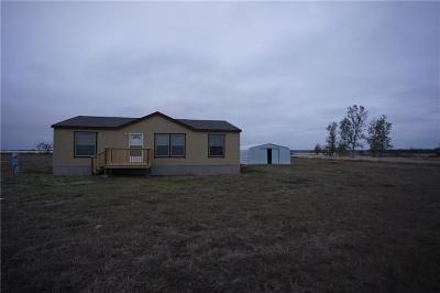 Rhome TX Single Family Home For Sale: $155,000