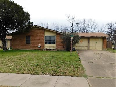 Irving Single Family Home For Sale: 1932 Canterbury Street