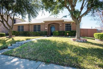 Mesquite Single Family Home For Sale: 715 Hugh Walker Drive