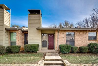 Colleyville Condo Active Option Contract: 2012 Cottage Oak Lane