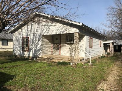 Stephenville Single Family Home Active Contingent: 1025 W Pecan Street