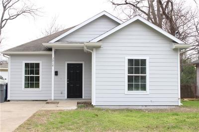 Dallas Single Family Home For Sale: 2818 Marder Street