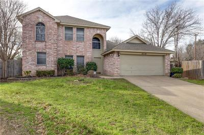 Fort Worth Single Family Home For Sale: 8716 Tyne Trail