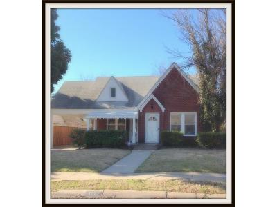 Dallas Single Family Home For Sale: 5107 Bradford Drive