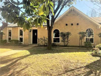 Grand Prairie Single Family Home For Sale: 717 Edelweiss Drive