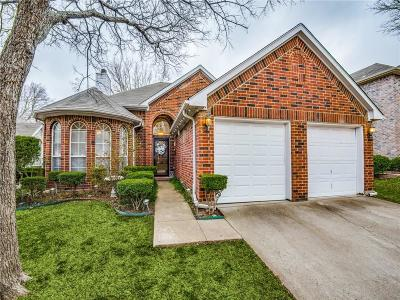 Tarrant County Single Family Home For Sale: 4744 Great Divide Drive