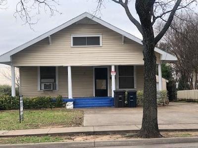Tarrant County Single Family Home For Sale: 1723 Grand Avenue