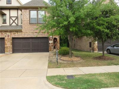 Euless Townhouse For Sale: 917 Brook Forest Lane