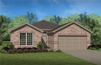 Saginaw Single Family Home For Sale: 637 Redding Drive