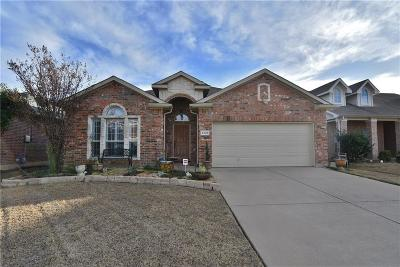 Fort Worth Single Family Home For Sale: 6336 Melanie Drive