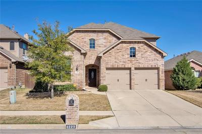 Fort Worth Single Family Home For Sale: 4229 Doe Creek Trail