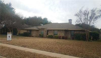 Dallas County Single Family Home For Sale: 900 E Spring Valley Road