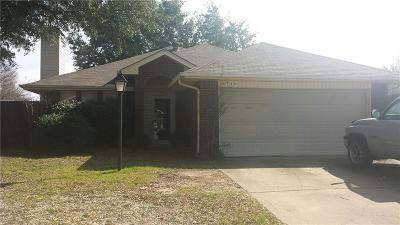 Grand Prairie Single Family Home For Sale: 3730 Constitution Drive
