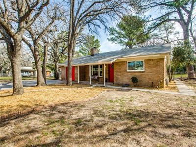 Azle Single Family Home For Sale: 824 Red Bud Drive