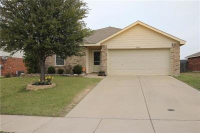 Tarrant County Single Family Home For Sale: 4900 Parkview Hills Lane