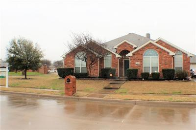 Tarrant County Single Family Home For Sale: 4601 Edenwood Drive