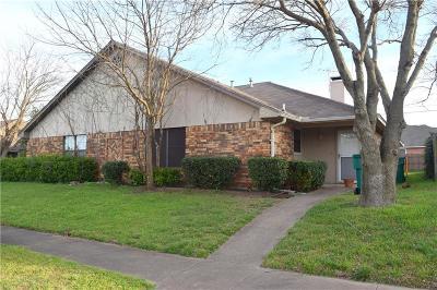 Cedar Hill Half Duplex For Sale: 319 Bryant Lane