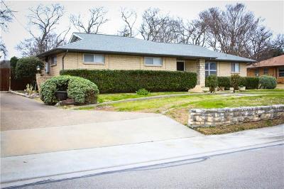 Desoto Single Family Home For Sale: 207 Terrace Drive