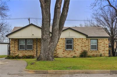 Tarrant County Single Family Home For Sale: 2801 S Hills Avenue
