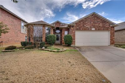 Denton Single Family Home For Sale: 3305 Stonecrop Trail