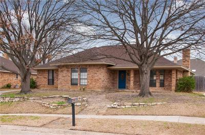 Benbrook Single Family Home Active Option Contract: 10050 Stoneleigh Drive