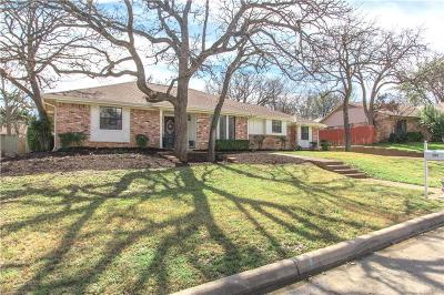 Trophy Club Single Family Home For Sale: 204 Inverness Drive