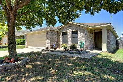 Fort Worth Single Family Home For Sale: 5205 Prestwick Drive