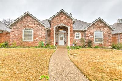 Tarrant County Single Family Home For Sale: 3104 Stornoway Trail