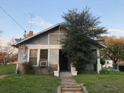 Dallas Single Family Home For Sale: 3418 S Harwood Street
