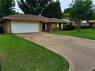 Grapevine Residential Lease For Lease: 2901 Panhandle Drive