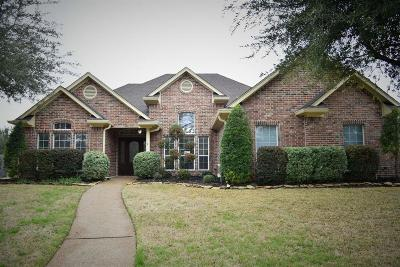 Waco Single Family Home For Sale: 205 Lariat Trail