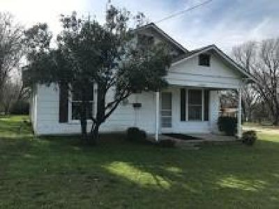 Mansfield Single Family Home For Sale: 200 S Waxahachie Street