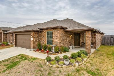 Fort Worth Single Family Home For Sale: 6332 Leaping Fawn Drive