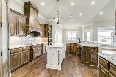 Granbury Single Family Home For Sale: 6335 Weatherby Road