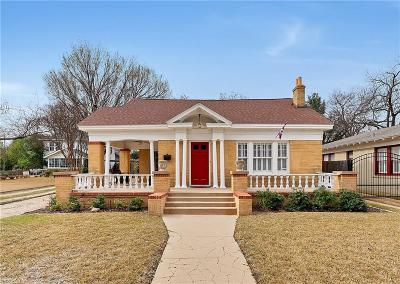 Single Family Home For Sale: 2512 Rogers Avenue
