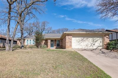 Bedford Single Family Home For Sale: 3013 Pecan Circle