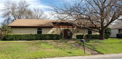 Denton Single Family Home For Sale: 2312 Georgetown Drive