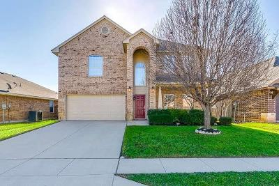 Fort Worth Single Family Home For Sale: 4241 Summersweet Lane