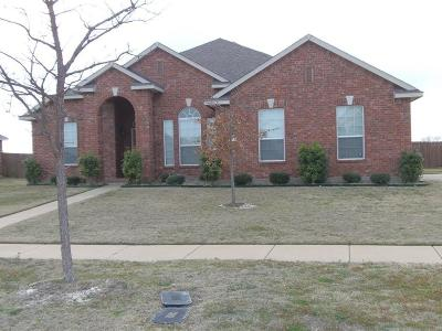 Cedar Hill Residential Lease For Lease: 1718 Chadwick Court