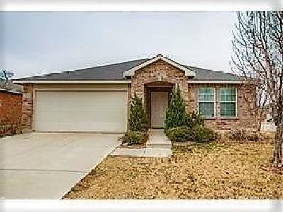 Fort Worth Residential Lease For Lease: 16440 Cowboy Trail