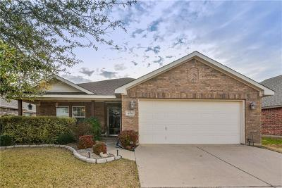 Burleson Single Family Home For Sale: 12033 Rowsley Lane