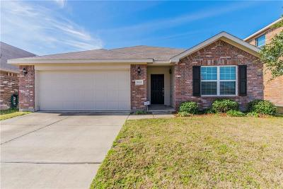 Fort Worth Single Family Home For Sale: 9133 Prairie Hen Drive