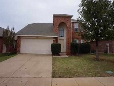 Fort Worth Residential Lease For Lease: 10916 Briaroaks Drive