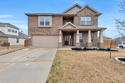 Haslet Single Family Home For Sale: 825 Cropout Way