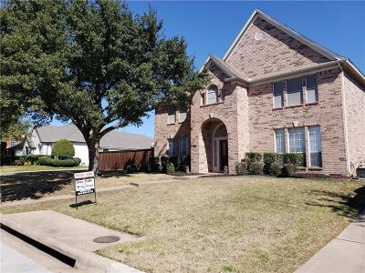 Mansfield Single Family Home For Sale: 1004 Hilton Drive