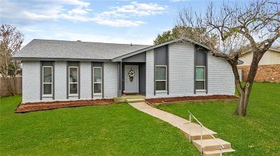 Carrollton Single Family Home For Sale: 1806 Post Oak Lane