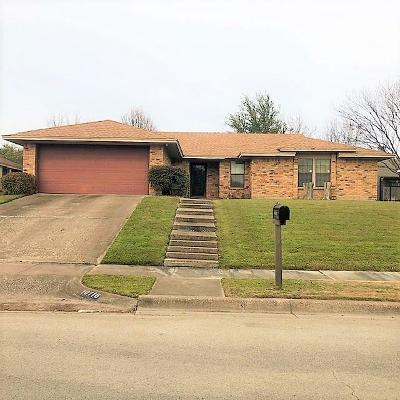 Benbrook Single Family Home Active Option Contract: 10116 Stoneleigh Drive