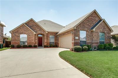 Burleson Single Family Home For Sale: 1135 Grove Court