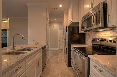 Fort Worth TX Condo For Sale: $185,000